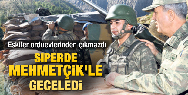 Kara Kuvvetleri Komutanı Akar Dağlıca'da sabahladı