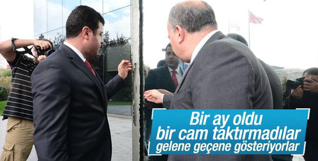 Selahattin Demirtaş Hürriyet'i ziyaret etti