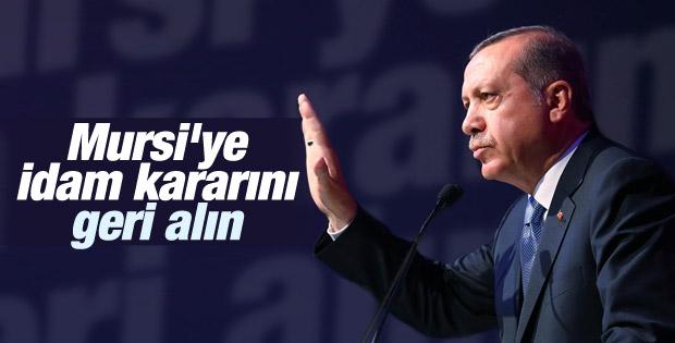 Erdoğan'dan Mursi'ye idam cezasına tepki