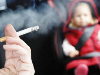 İngiltere'de arabada sigara içmeye yasak geliyor