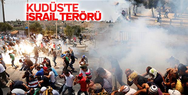 İsrail polisi Müslümanlara saldırdı