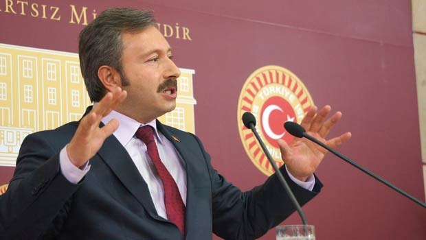 İstifa eden AK Partililerden ortak açıklama