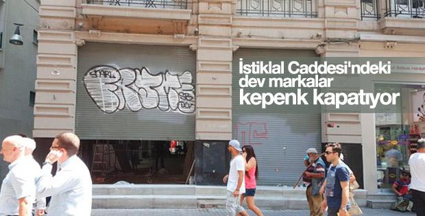 İstiklal Caddesi'nde dükkanlar kepenk kapatıyor