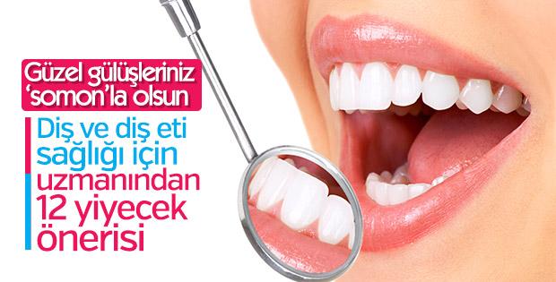 Sağlıklı dişler için meyve ve kuruyemiş tüketin