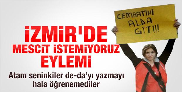 İzmir'de okullara mescit istemeyen veliler eylem yaptı