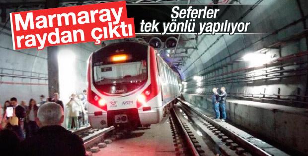 Marmaray treni raydan çıktı