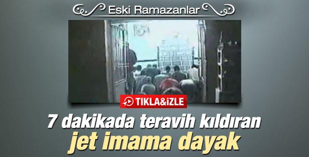 Ramazan'ın unutulmazları: 7 dakikada teravih İZLE