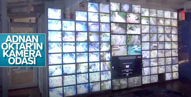 Adnan Oktar'ın 98 ekranlı kamera odası