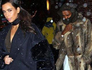Kanye West: Beyaz bir kadınla olmamı çekemiyorlar