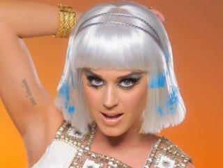 Katy Perry Kleopatra oldu - izle
