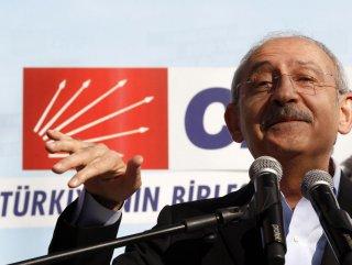 Kemal Kılıçdaroğlu: Kendi vekiline tuzluk diyor - izle