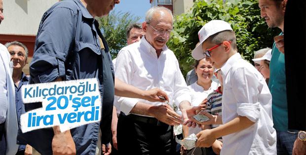 Kemal Kılıçdaroğlu Bolu'da vatandaşlarla bayramlaştı