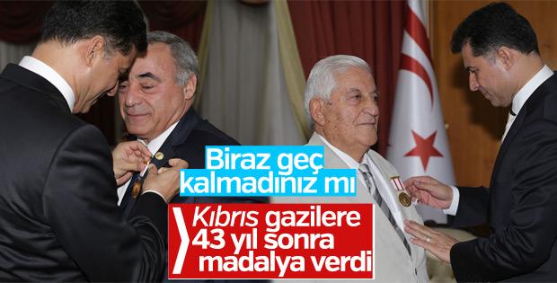 Kıbrıs'ta 55 bin gaziye madalya verildi