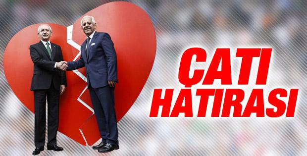 Kemal Kılıçdaroğlu kırık kalp önünde poz verdi