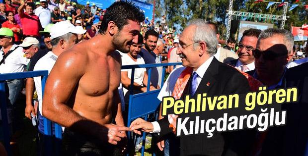 Kılıçdaroğlu Antalya'da yağlı güreşçilerle buluştu