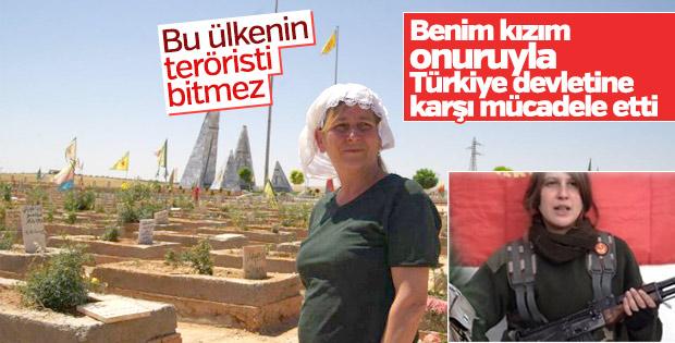 Kırmızı fularlı teröristin annesi terörü övüyor