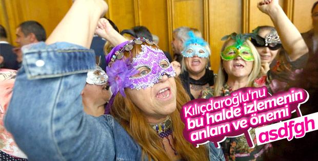 CHP'liler Kılıçdaroğlu'nu maskeyle dinledi