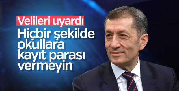 Bakan Selçuk'tan kayıt parası açıklaması
