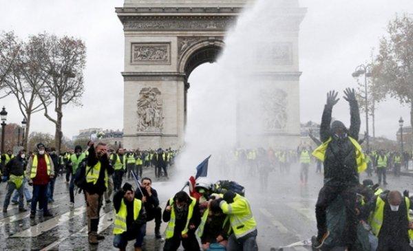 Fransa Ekonomi Bakanı uyarılarda bulundu