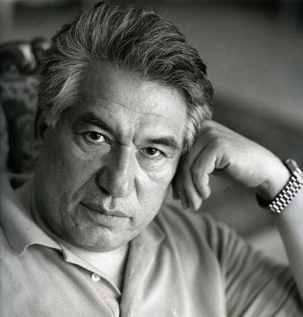 Dünyaca ünlü Kırgız yazar Cengiz Aytmatov anılacak