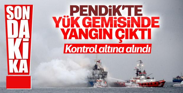 Pendik'te yük gemisinde yangın