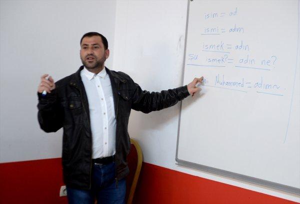 Kilis'te polisler Arapça öğreniyor