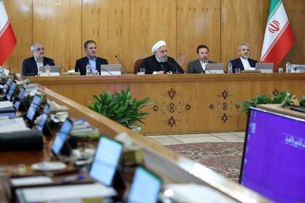 Ruhani: Temel gündemimiz halkın geçim şartları