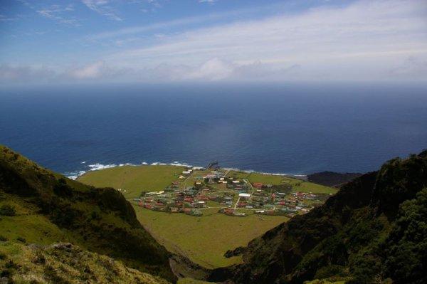 Kıtadan en uzakta yaşayabileceğiniz yer: Tristan da Cunha