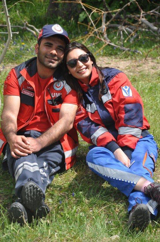 Nikah kıyıp Suriye sınırına göreve gittiler