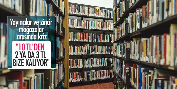 Yayıncılar ve mağazalar arasında kitap dağıtım krizi