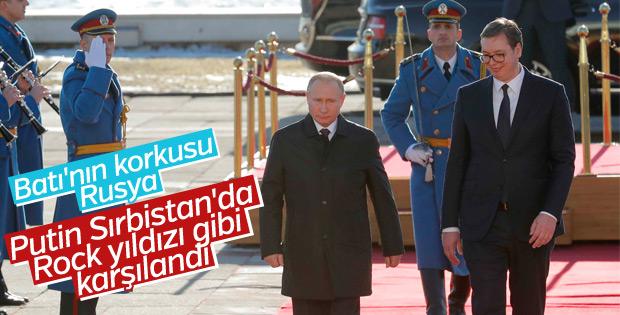 Times: Putin'in Sırbıstan'daki karşılanması Batı'ya uyarı