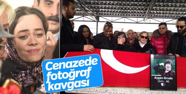 Ayşen Gruda'nın cenazesinde kavga