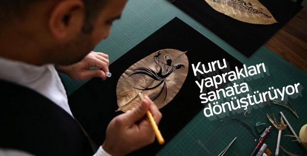 Adana'da sanat eserine dönüştürülen kuru yapraklar