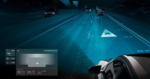 Mercedes'den çok konuşulacak devrim: Dijital ışıklar