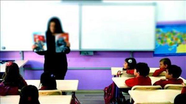 Sözleşmeli öğretmenler 4 yıl sonra kadrolu olabilecekler