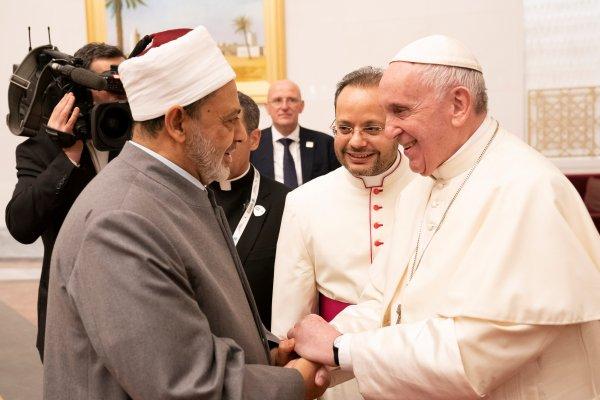 Papa Arap yarımadasına tarihi ziyaret gerçekleştirdi