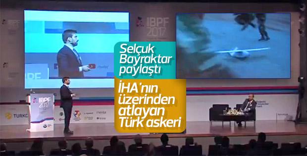 İHA'nın üzerinden atlayan Türk askeri