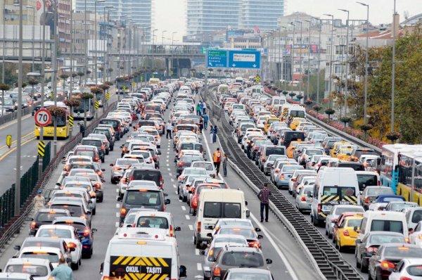 İstanbul'un trafik sorununu Binali Yıldırım çözecek