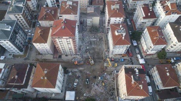 Boşaltılan binanın sakini: Bombanın üzerinde oturmuşuz