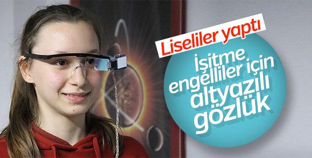 Lise öğrencilerinden işitme engelliler için gözlük