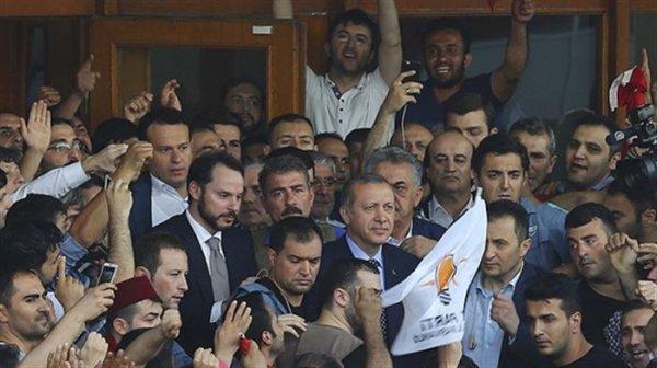 Cumhurbaşkanı Erdoğan'ın pilotu FETÖ'cü çıktı