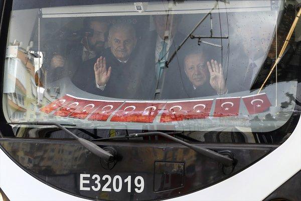 Erdoğan: Günde 1 milyon 700 bin yolcu taşıyacak