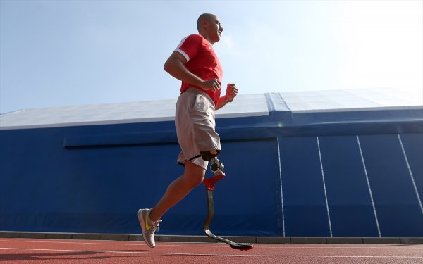 Bacağını vatana feda eden gazi Özgür Ocak görevine döndü