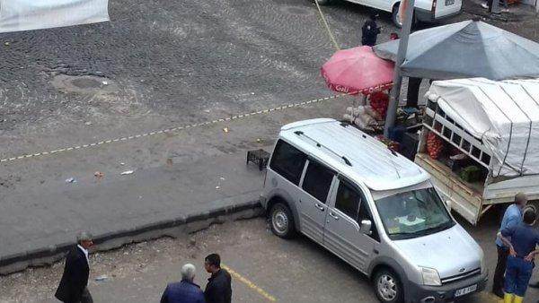 Diyarbakır'da iki aile arasında silahlı kavga: 3 ölü var