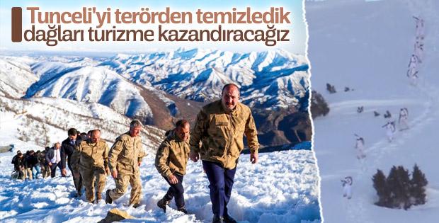 Bakan Varank, askerlere moral için Tunceli'deydi