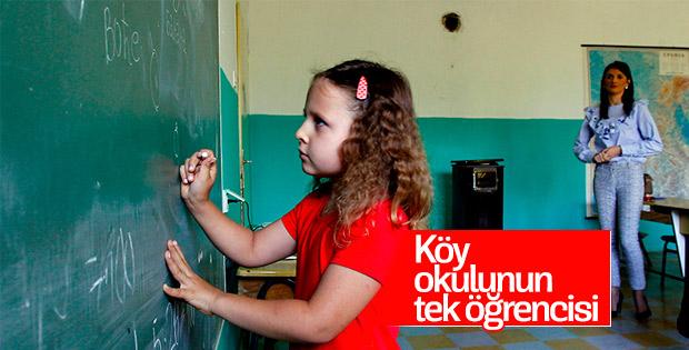 Sırbistan'da köy okulu tek öğrenci için eğitim veriyor