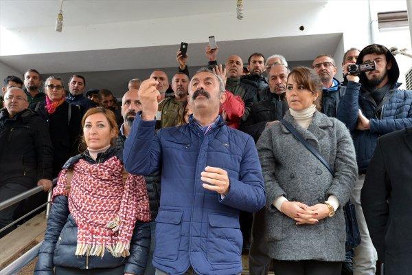 Komünist Maçoğlu mazbatasını yarın alacak