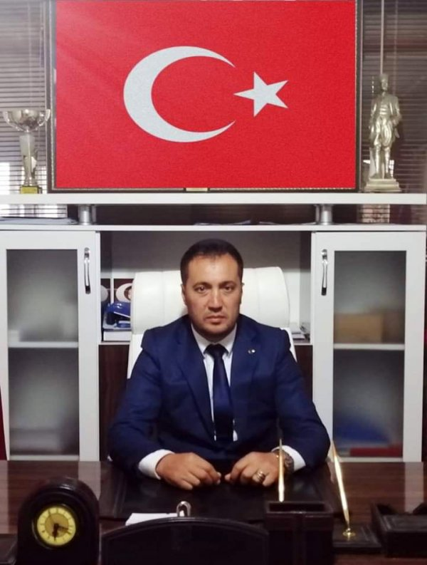 CHP'li başkan kurban kestirdi