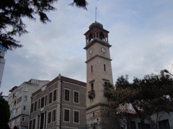 Hala varlığını koruyan saat kulelerimiz
