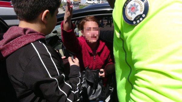 Aksaray'da kadın sürücü çarptığı şahsı ağır yaraladı